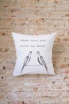 Cojines algodón 100% cosidos a mano exclusivas y pintados a mano por Carlos:30€/und.
