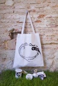 Bolsas algodón 100% cosidas a mano exclusivas y pintadas a mano por Carlos: 25 €/und.