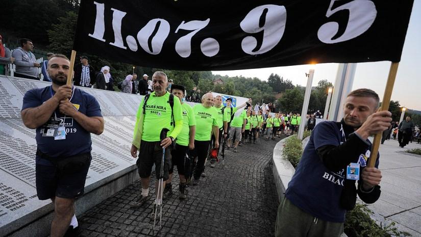 'Barış Yürüyüşü' Potoçari Anıt Mezarlığı'nda sona erdi