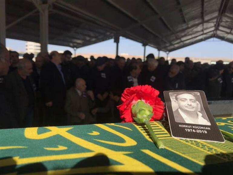 Gaziantepte çöken iskelenin altında kalarak ölen mühendisin cenazesi defnedildi