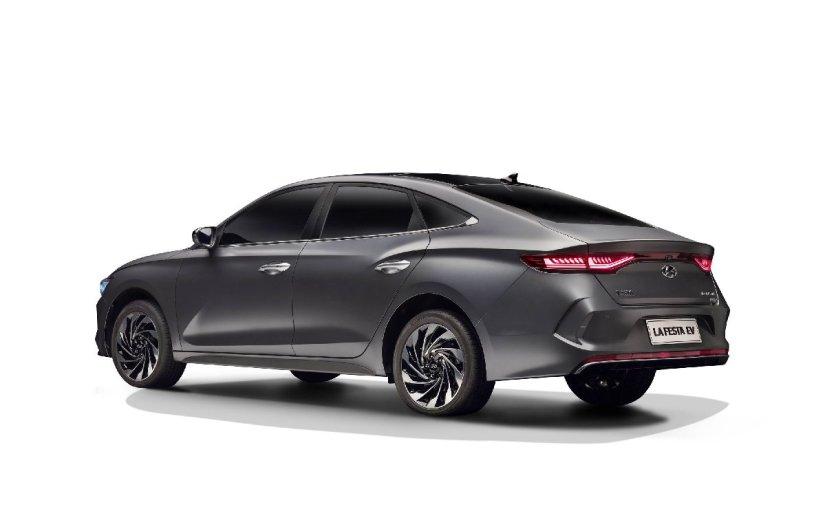 Hyundai yeni modellerini Çin ve Amerika'da tanıttı!