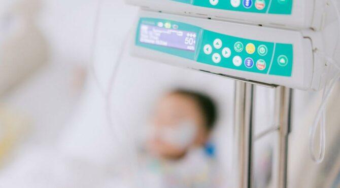 Kalp Hastalıkları Uzmanı Prof. Dr. Başer: İngiltere'de 5 yaş ve altındaki çocukların hastane yatış sayıları arttı