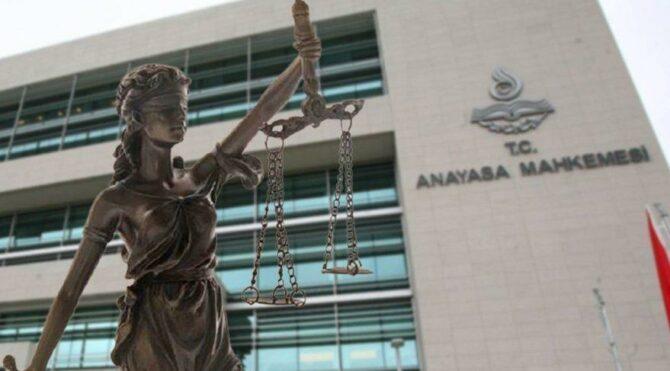 Hakimler AYM kararlarına uymak zorunda kalacak