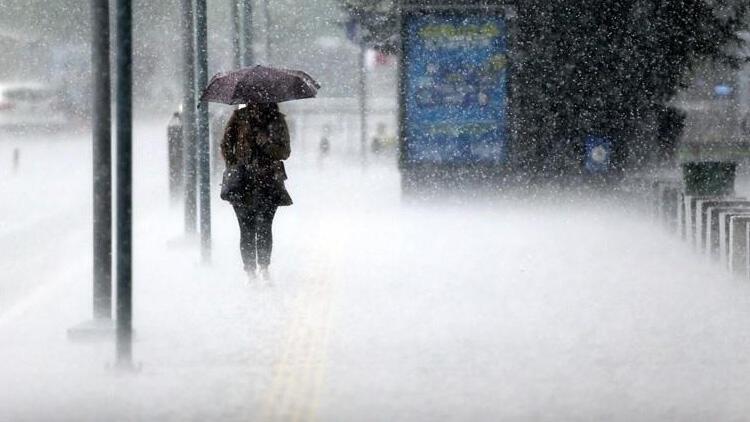 Meteoroloji'den İstanbul dahil çok sayıda ile kuvvetli yağış uyarısı!
