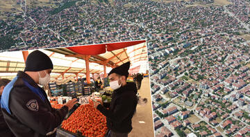 Koronavirüs vaka artışı olan Erbaada, semt pazarları 14 gün kapatıldı