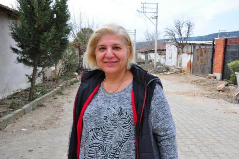Ahmetliden ayrılıp Turgutluya bağlanmak istediler, ortada kaldılar 3 yıldır hizmet alamıyorlar