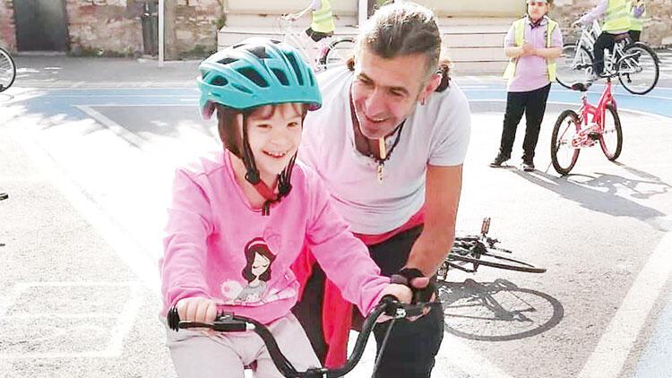 Bisikletli kahraman