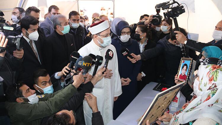 Diyanet İşleri Başkanı Ali Erbaş, Diyarbakır annelerini ziyaret etti