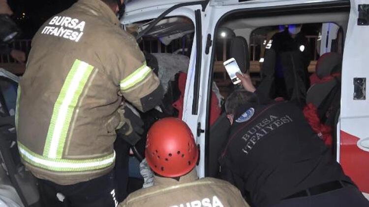 Süt tankerine çarptı, 40 metre sürüklendi! Acı haber: 1 ölü, 2 ağır yaralı