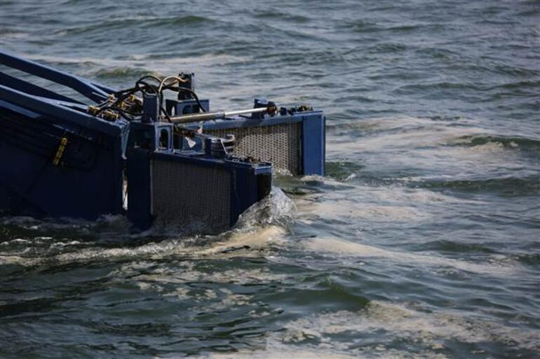 Deniz salyası tehlikesi için harekete geçildi 100 ton toplandı