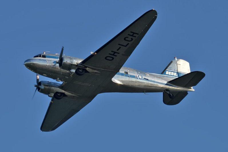 Airveteran Oy OH LCH Douglas DC 3 35240452616 1000x667 1