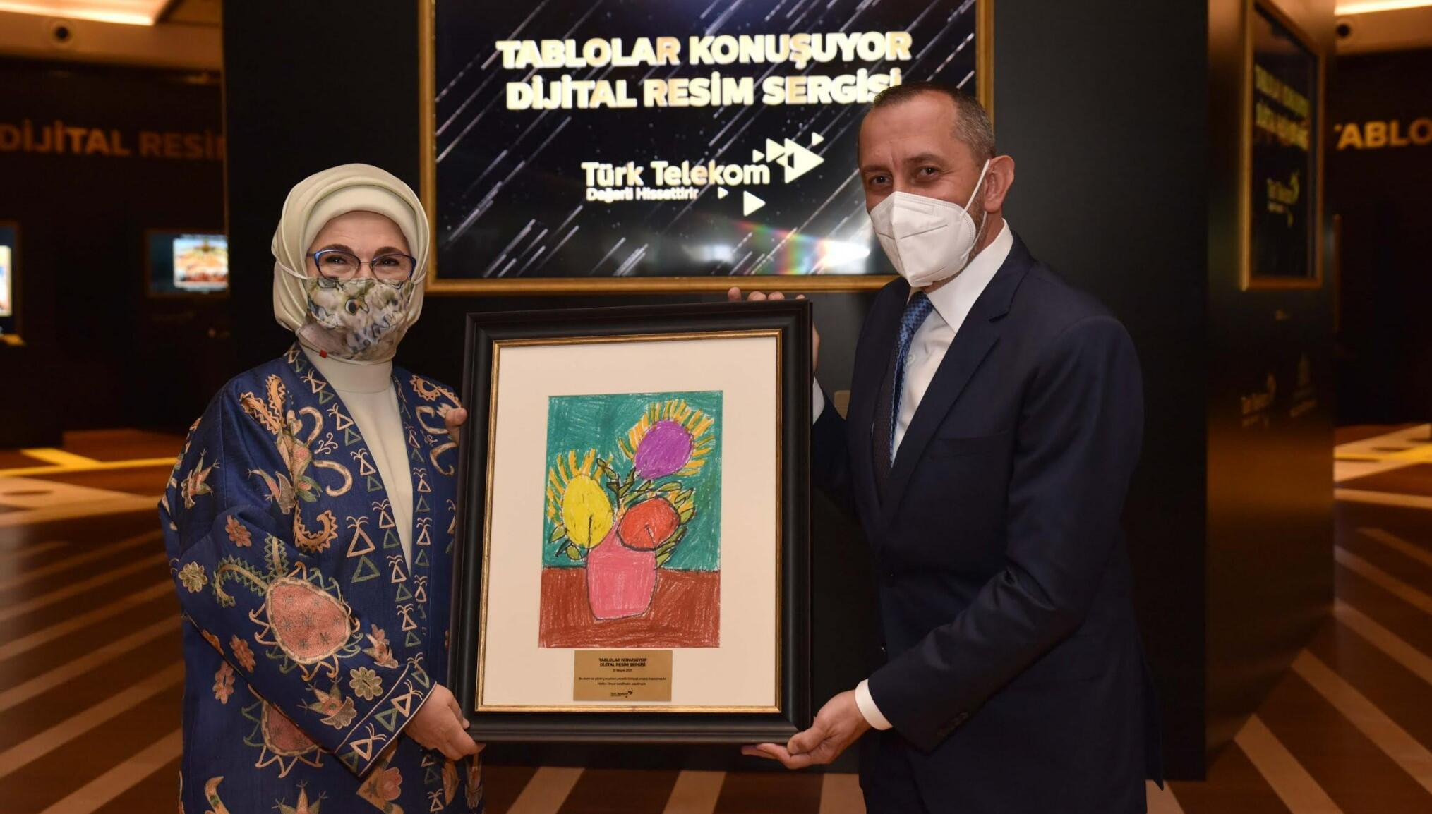 'Tablolar' Türk Telekom ile  Cumhurbaşkanlığı Millet Kütüphanesi'nde konuşuyor