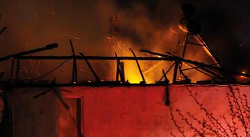 Samsunda yangın paniği Mahalle sokağa döküldü