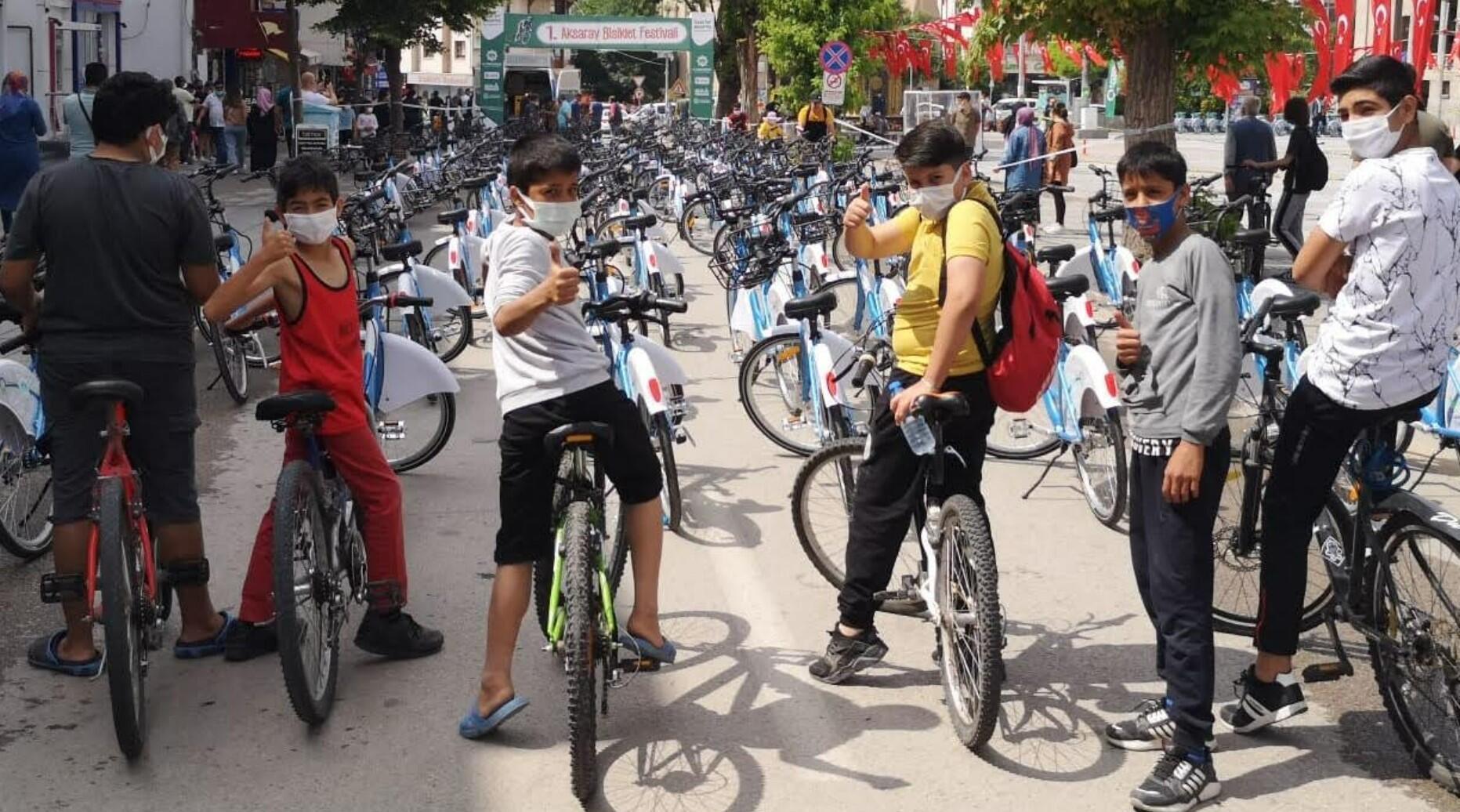 Türk Telekom ve Aksaray Belediyesi'nden akıllı bisikletler