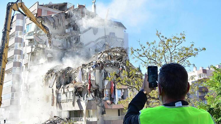 İzmir depreminde 11 kişiye mezar olmuştu! Şok detaylar ortaya çıktı