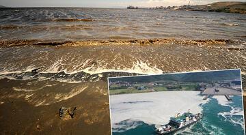 Balıkesirde korkutan görüntü Müsilajın ardından... Denize girmek intihar gibi..