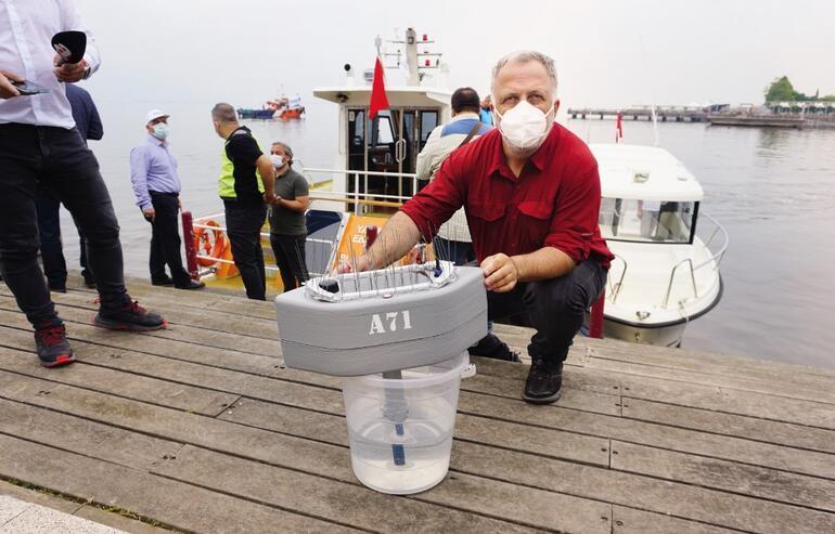 Marmaraya oksijen tedavisi Nefes boruları takıldı