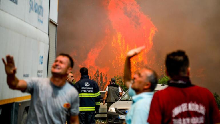 Son dakika... Yangında son durum... Muğlada alarm 5 mahalle boşaltıldı... Girişler yasaklandı