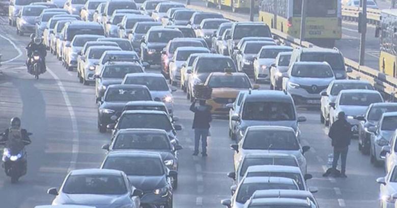 Koronovirüs nedeniyle toplu taşıma kullanımında düşüş yaşandı mı?