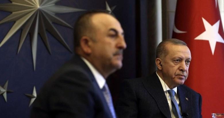 'Erdoğan sokağa çıkma yasağı uygulamıyor çünkü'