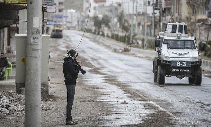 Diyarbakır'da 3 ayrı noktada silahlı çatışma