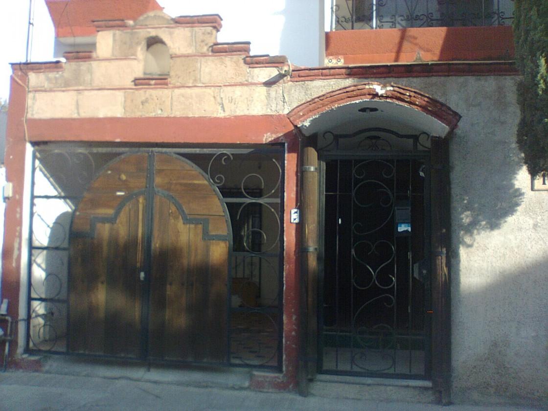 Casa en renta en Villa Verde Leon 1806  Habtala