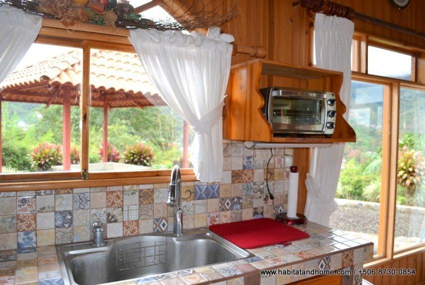 Cabaña Orosi Cartago Costa Rica (30)