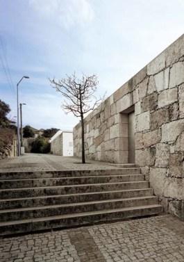 CASAS PATIO EN MATOSINHOS COURTYARD HOUSES IN MATOSINHOS Matosinhos, Porto, Portugal, 1993/1999
