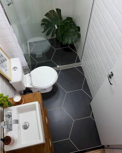 agrandir une petite salle de bains