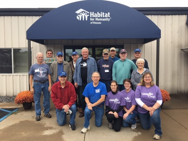 Store Volunteers at Habitat of Wausau