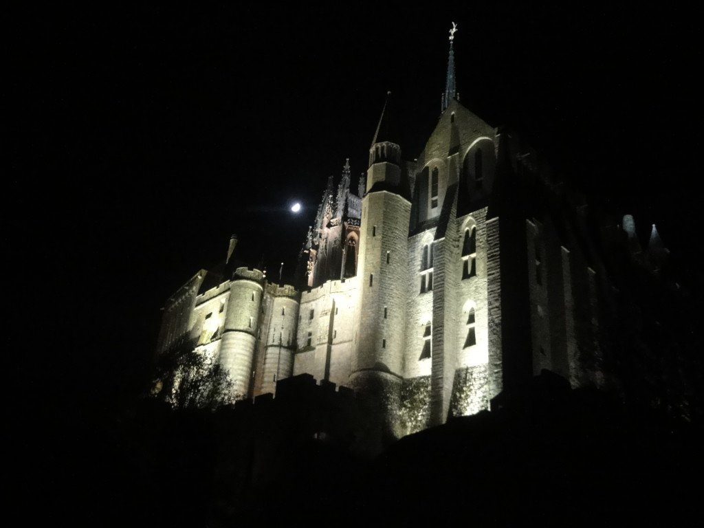 msm abbey at night