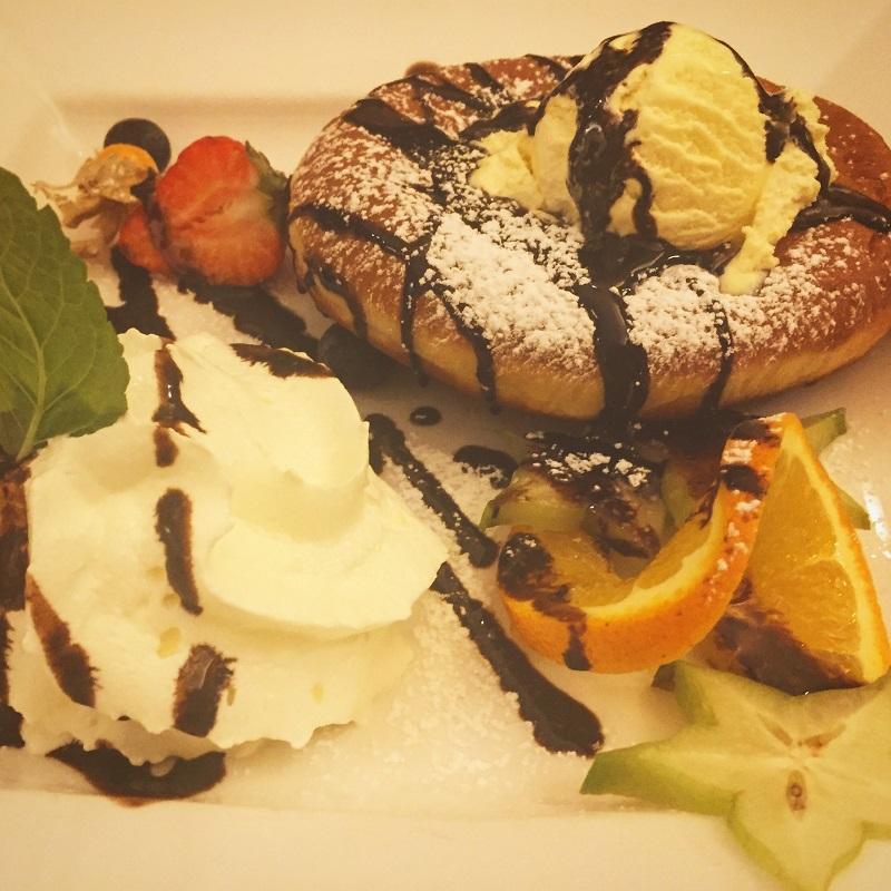 Dessert at Gloeckl Braeu.