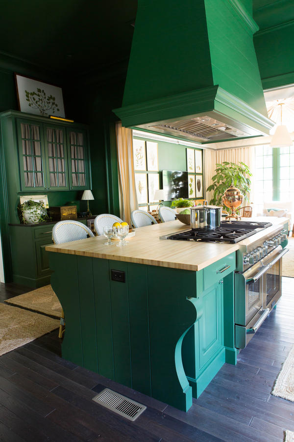 touch on kitchen faucet counter solutions habitually chic® » southern living idea house with delta ...