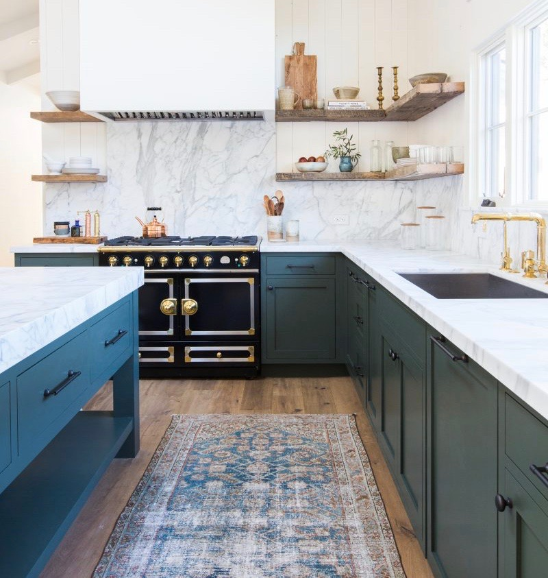 kitchen runner spraying cabinets habitually chic we ve got a people have strong opinions about vintage rugs in kitchens some think it s dumb idea because of crumbs and spills but the rest us they look very