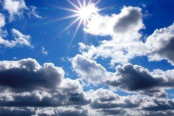 trouver le soleil derrière les nuages