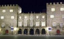 Gijón by night.