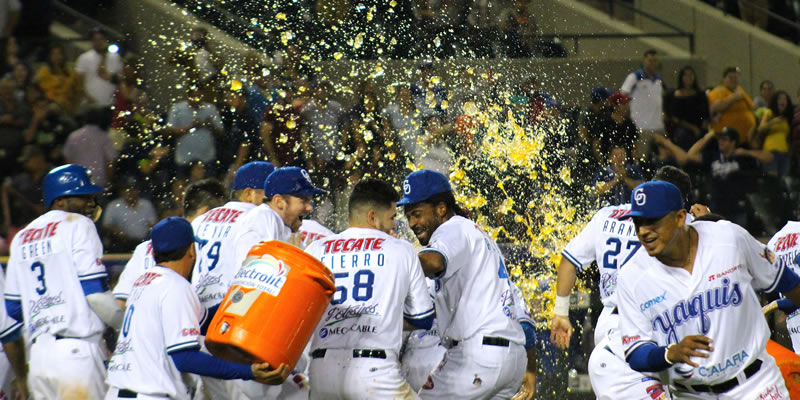 Con wild-pitch Yaquis vence 3 a 2 a Charros