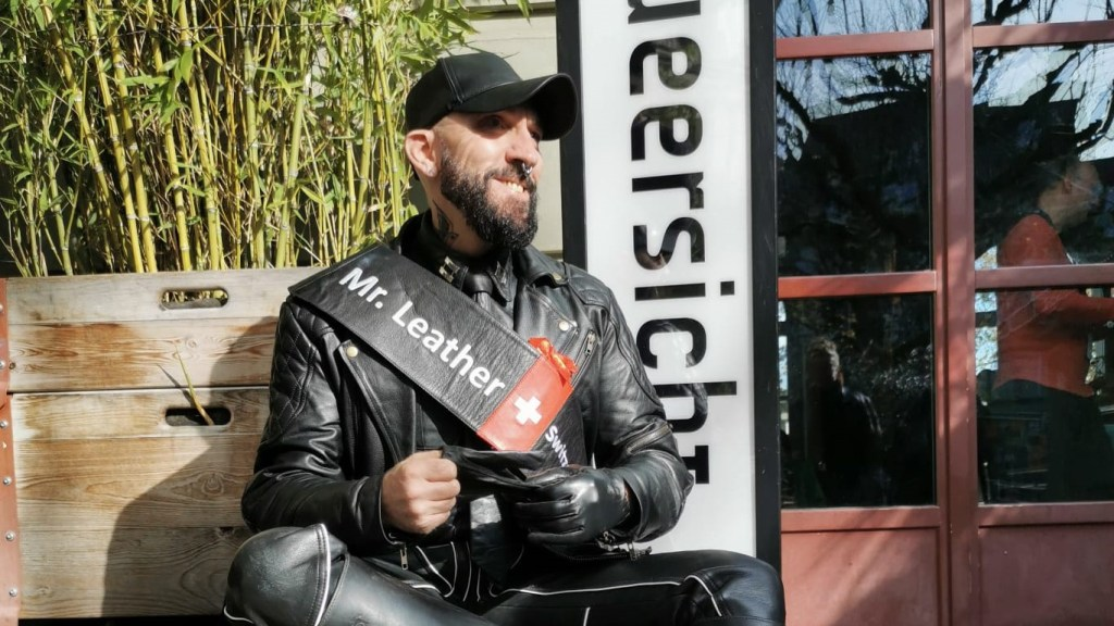 3gang mit dem Mr. Leather und einem «Solidaritäts»-Fondue
