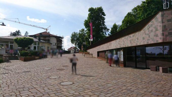 イタリアボルツァーノの街からロープウェイに乗ってやってくるソプラボルツァーノ