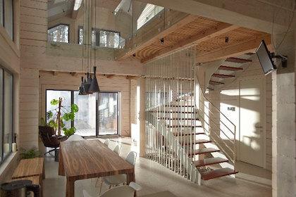 新築の家のリビングルーム