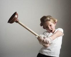 変化で呆気無く決まった相撲の勝負を大批判する少女