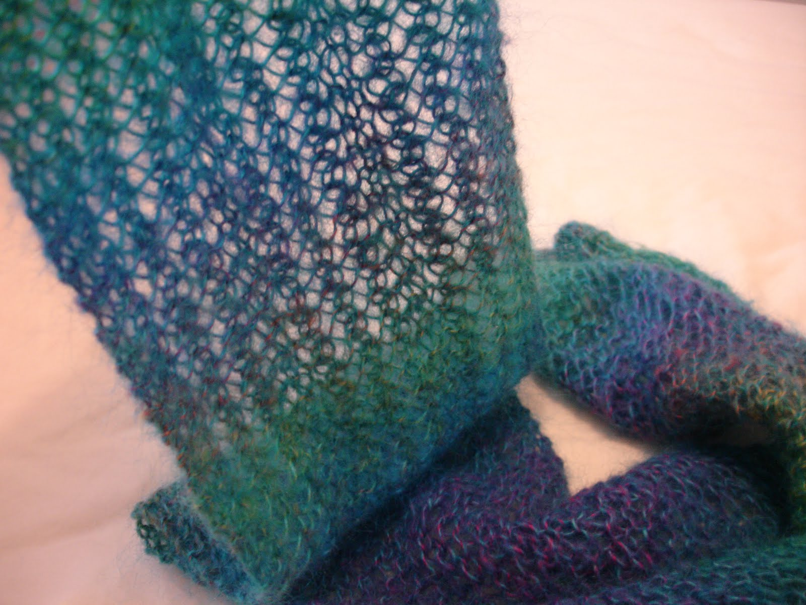 Easy lacey scarf  Free knitting pattern!