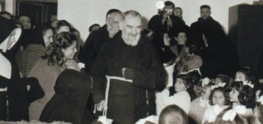 Padre Pío Documental San Giovanni Rotondo