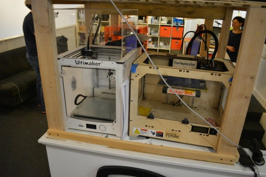 Ultimaker 2 and Makerbot Replicator (original)