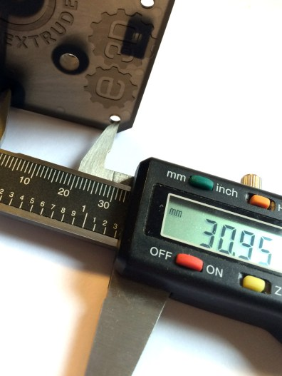 "Press ""Zero"" and then measure edge to edge. Expected 31.00+-.1 via. the NEMA17 standard. Nice!"