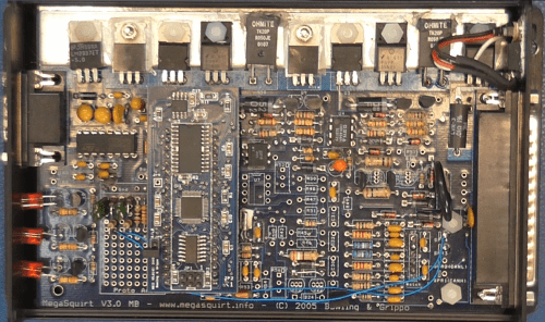 small resolution of its based on the mc9s12c64 a 16 bit processor running at 24 mhz with 4kb or ram and 128 kb of flash and has a few useful addons such as pwm controller and