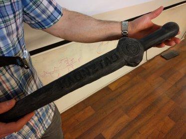 magnettag-foam-sword