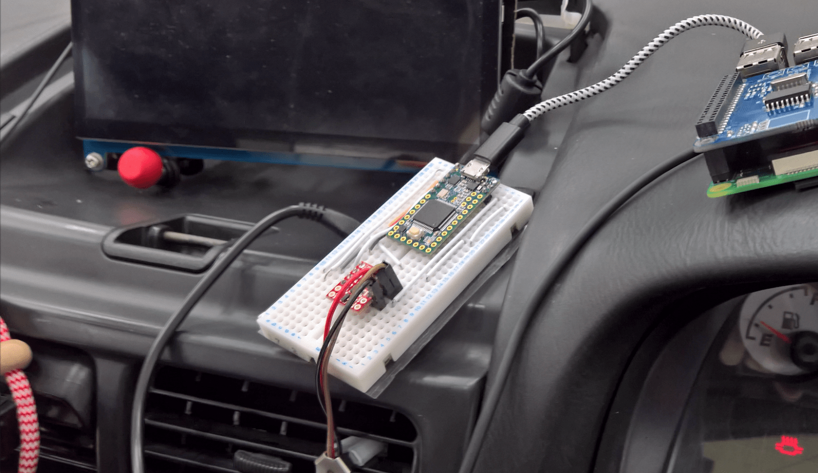 small resolution of hacking a 20 year old subaru hackaday