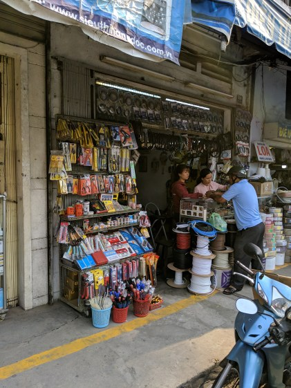 Hacker Abroad: Vietnam's Electronics And Hardware Markets