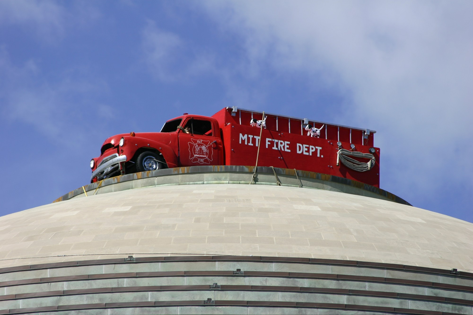 hight resolution of fire truck on the great dome